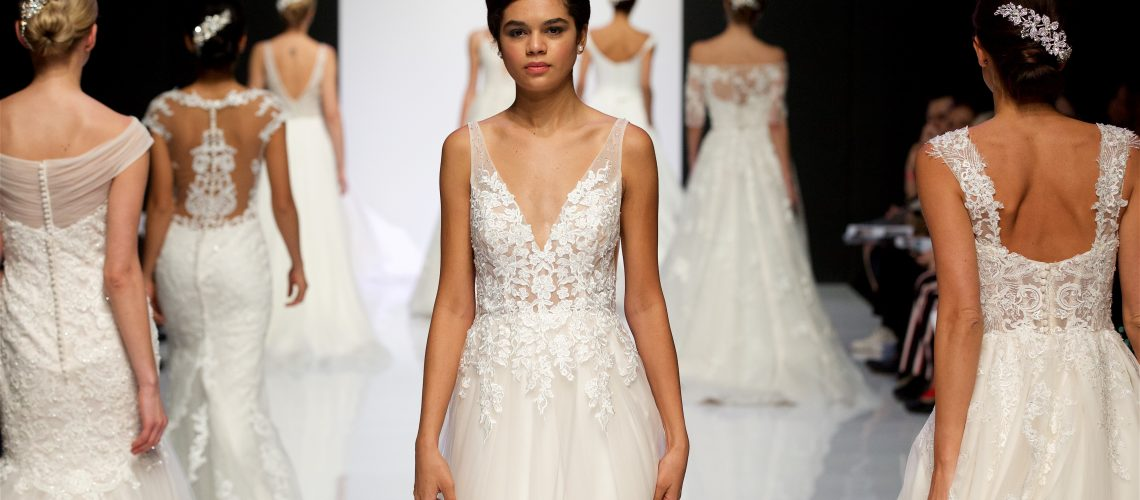 7 trendów w sukniach ślubnych z London Bridal Fashion Week - Justin Alexander (10)